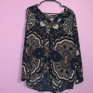 H&M size eight blouse